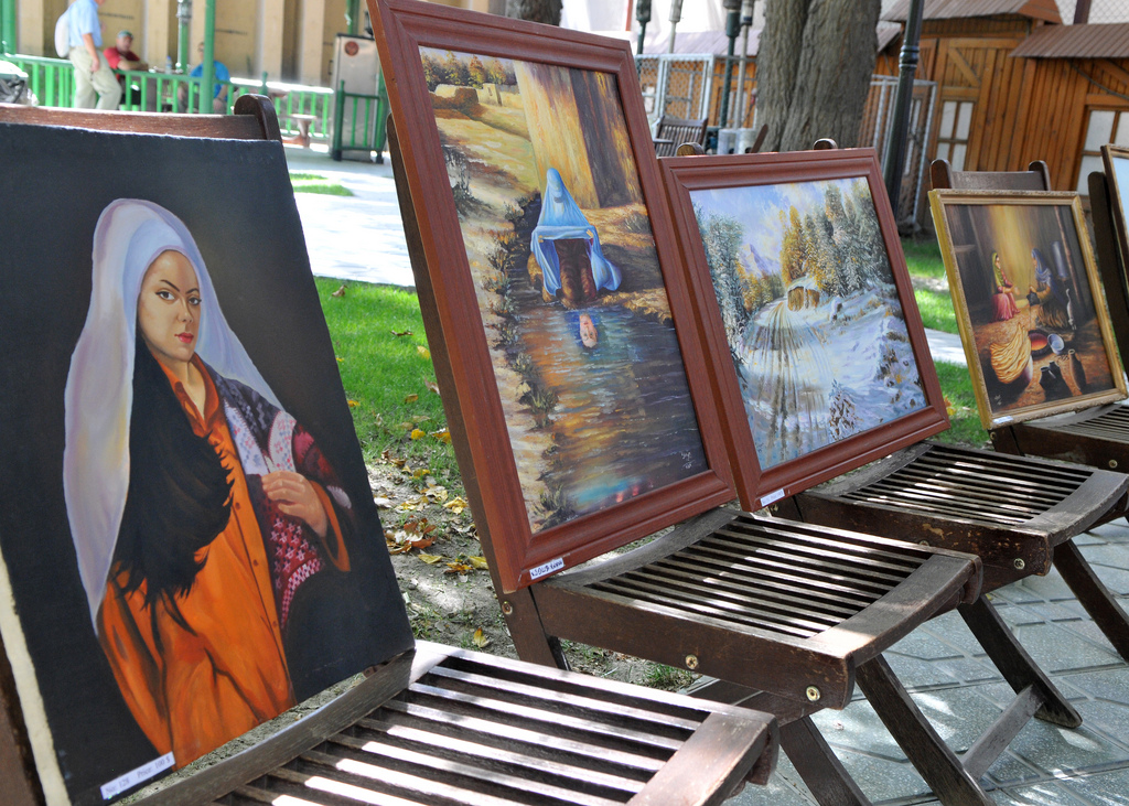 Afghan students showcase artwork to international audience